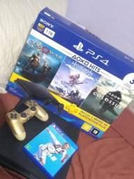 PS4 com 1 controle e 1 jogo