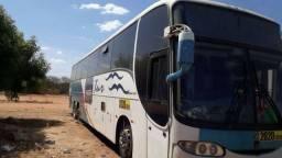 Ônibus Rodoviário Comil trucado