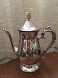 Bule de chá decorativo em prata