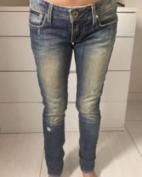Calça jeans Calvin Klein tam. 36