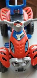 Motoca kids com pedal !!!