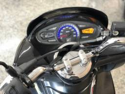 Honda Pcx 150 Preta Com 10.800 Km Rodados!