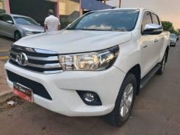 Toyota Hilux SRV cabine dupla