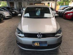 Volkswagen- Fox Trend 1.0 8v Flex (Completo)
