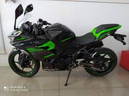 Kawasaki ninja 400  já emplacada com 2 km rodados nova igual a zero km
