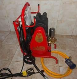 Lava rapido profissional 2cv 450 psi com carinho.