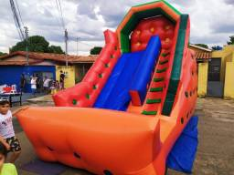 Criança e alegria festas