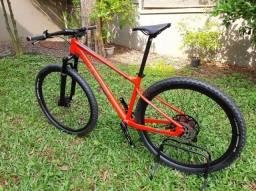 Título do anúncio: Bicicleta mtb aro 29 tam. 17 elleven gravity 1x12 suspa ar