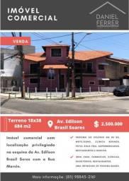 Título do anúncio: Casa (imóvel comercial) para venda possui 684 m2 com 4 quartos na Av. Edilson Brasil Soare