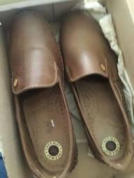 Sapato em couro