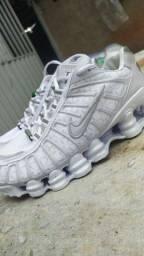 Nike 12 molas Branco refletivo