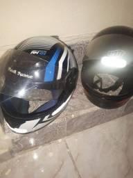 Título do anúncio: Dois capacetes em condições de uso