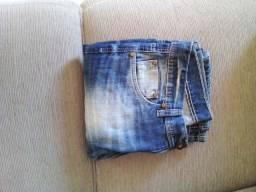 Calças jeans Novas sem uso.