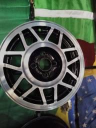 Roda original da Volkswagen aro 14 modelo snowflake