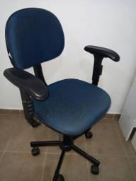 Cadeira de escritório R$150,00