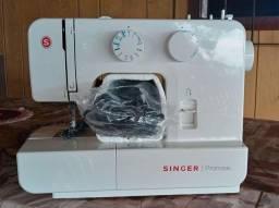 Máquina de costura Singer promise.