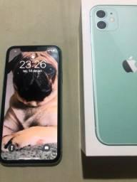 Troco iPhone 11 64 + Apple Watch 1