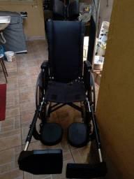 Título do anúncio: Cadeira de rodas reclinável