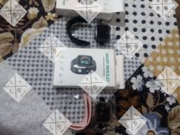 Smartwatch Y68 + película de gel, 4x no cartão