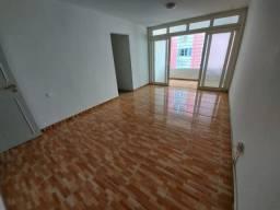 Apartamento com 3 quartos para alugar, 123 m² por R$ 2.249/mês com taxas - Boa Viagem - Re