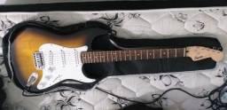 Guitarra Fender Squier Bullet Strat - Nota Fiscal - Aceito Cartão de Crédito