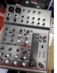 Mesa De Som Phonic Am-85 Com Fonte Para Live Gravações