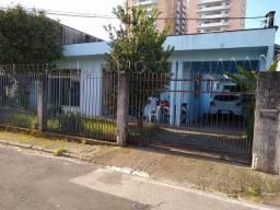Título do anúncio: Casa térrea à venda 3 dormit 1 suíte e apartamento fundos próximo Shopping Itaguaçú em Cam
