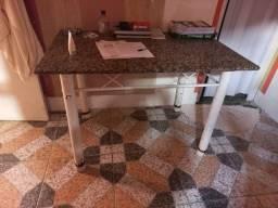 Mesa de Granito - R$ 250