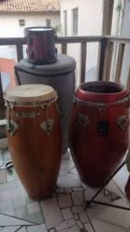 Vendo ou troco material de percussão