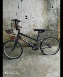 Título do anúncio: Bicicleta Caloi BMX