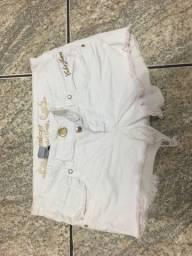 Shorts colcci branco num 38