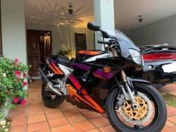 Yamaha FZR 1000 - *Parcelo*