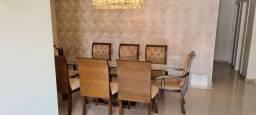 Título do anúncio: Mesa 8 lugares em vidro, sem marcas de uso, pés em madeira maciça