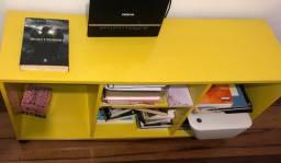 Estante/rack amarelo USADO