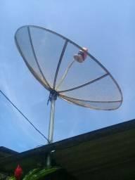 Vendo uma antena  parabólica