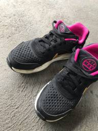 Tênis Nike 33/34