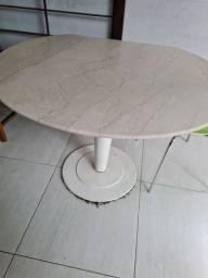 Título do anúncio: Mesa com tampo de mármore