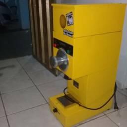 Máquina de moer café seminova Prisma