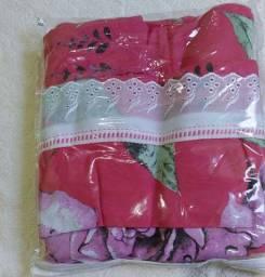 Vendo este lençol pra cama de solteiro com fronha. 100%Algodão. Novo. Por150 reais.