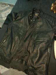 Jaqueta couro para motoqueiro.