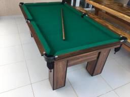 Mesa com Redinhas Cor Imbuia Tecido Verde Mod. OOAL4236