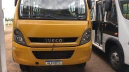 Ônibus 30 lugares - 2012