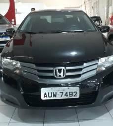 Honda ciyy lx excelente condição - 2012