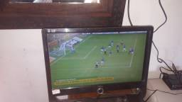 TV monitor tela 19 com controle com conversor digital e antena