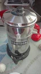 Espremedor de laranjas Croydon Inox Bivolt