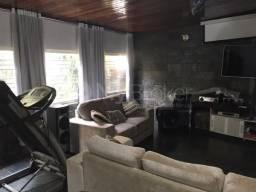 Casa com 4 quartos - Bairro Setor Criméia Oeste em Goiânia