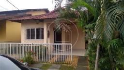 Jluiz alugo excelente casa de 3/4 sendo um suíte em cond. fechado