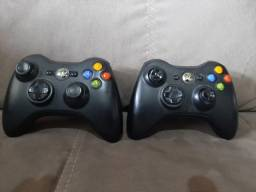 Xbox 360 desbloqueado usado + 2 controles + Kinect + volante