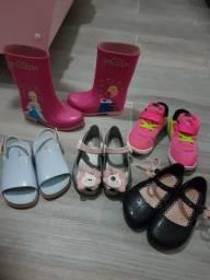 5 pares de sapatos n: 27 Br