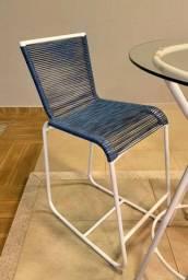Bistrô com cadeiras